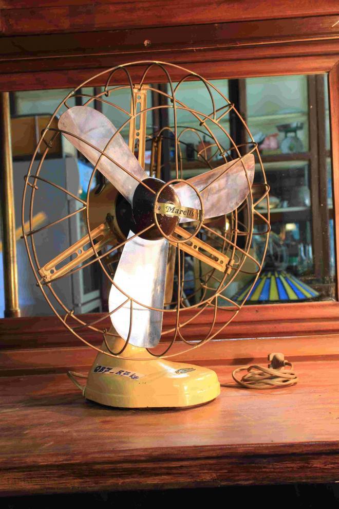 Rare Marelli wall air fan ventilatore Anni Valchiria working