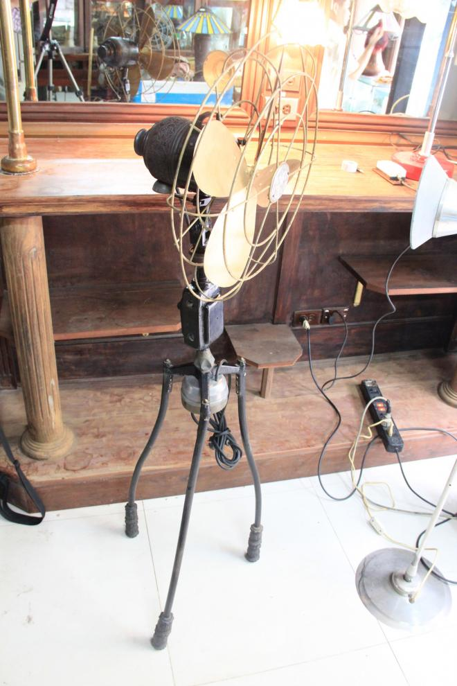 Antique Standing Fan Marelli with copper tripod