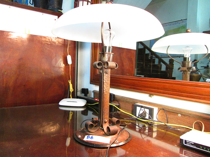 Antique Victorian signed bradley and white glass lamp light