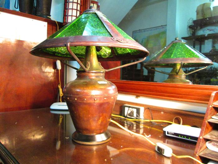 Antique Art Deco Era weber slag glass old Victorian parios Lamp