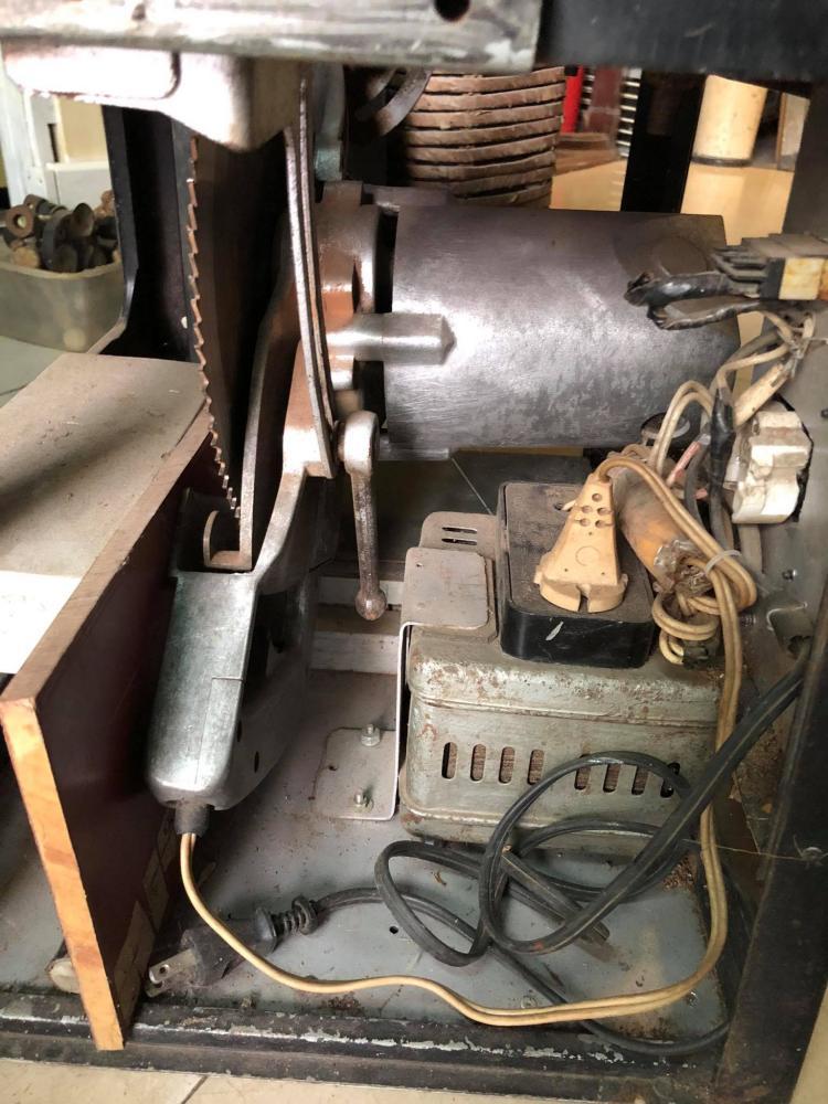 Máy cưa gỗ bàn Nhật xuất Mỹ điện 220